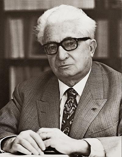 Una foto de Fernand Braudel, el célebre historiador de la escuela de Annales
