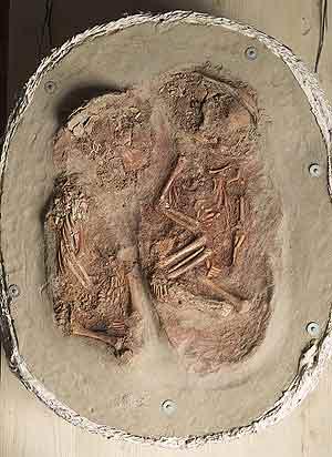 Yacimiento funerario de unos bebes gemelos del Paleolítico Superior