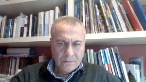 Imagen del autor del blog y los libros