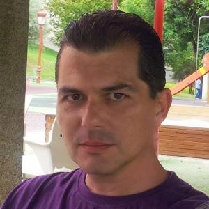 Foto de perfil de este escritor y bloguero
