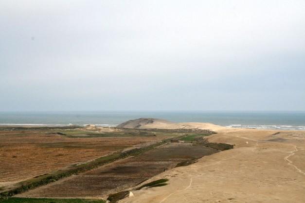 Vista general de la región del yacimiento de Huaca Prieta