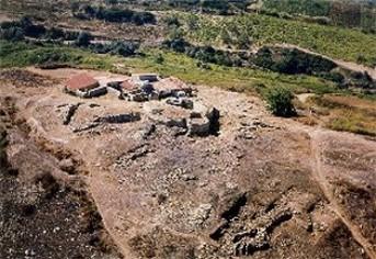 Imagen que muestra las líneas defensivas del poblado fortificado de Zambujal, en Portugal