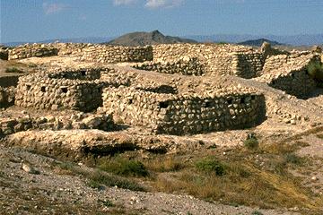 Vista desde el suelo del yacimiento de Los Millares