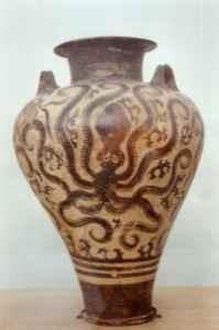 Cerámica minoica con motivos decorativos de un pulpo