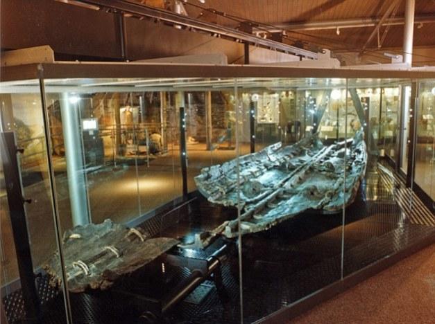 Los restos de una de las naves para navegar más antiguas del mundo, de la Edad del Bronce de Inglaterra