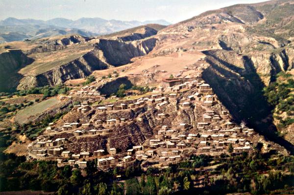 Reconstrucción de cómo debió ser el poblado del bronce del Cerro de la Encina