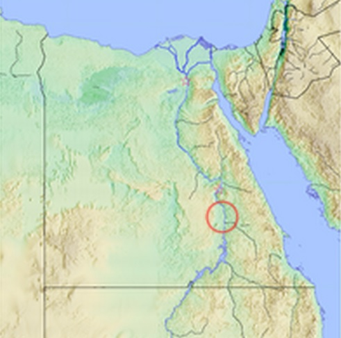 Mapa de parte del Valle del Nilo en el que se rodea la ubicación de Edfu