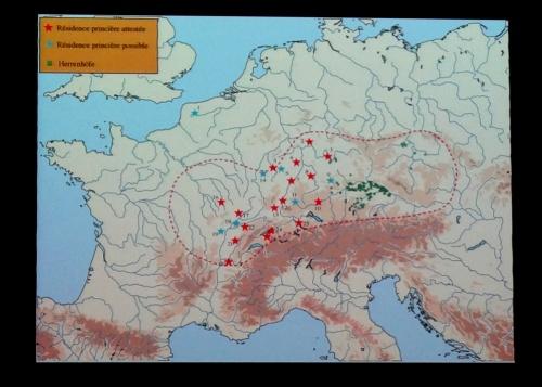"""Mapa que muestra con estrellas rojas la distribución de las """"residencias principescas"""""""