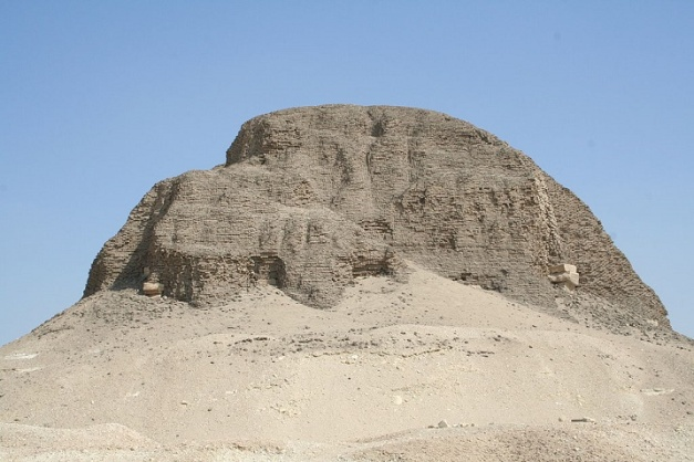 Estado actual de la pirámide del rey Senusret II, de la dinastía XII