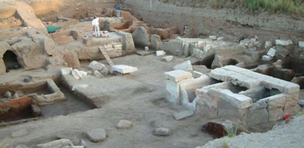 Yacimiento arqueológico de una necrópolis de finales del PPI - inicios del Reino Medio