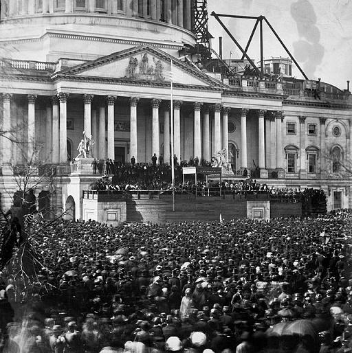 Fotografía histórica del 4 de marzo de 1861, fecha en la que Lincoln tomó posesión del cargo de presidente