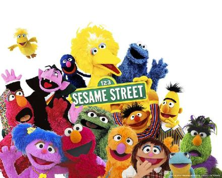 Imagen que muestra a varios de los personajes de la serie infantil Sésamo Street
