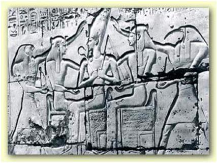 Relieve que muestra a Ramsés II en un momento de una de sus numerosas fiestas Heb Sed