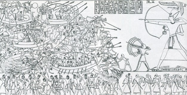 Representación de la Batalla del Delta, en el que se representa a Ramsés III venciendo a los pueblos del mar