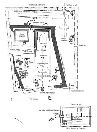 Imagen que muestra el plano con los restos de los templos y tumbas del yacimiento de la ciudad de Tanis