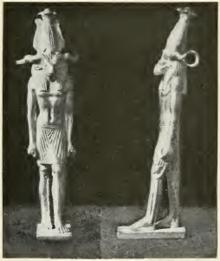 Pequeña escultura en la que supuestamente se representa a Peftjauawybast