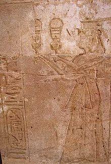 Representación de la reina Tausret en el templo de Amada, en Nubia