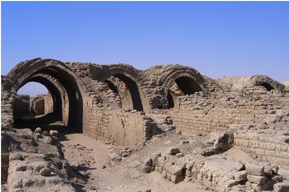 Graneros del Ramesseum, templo de Ramsés II. Orilla occidental de Luxor - Sheikh Abd el-Qurna.