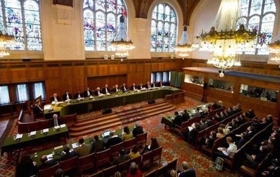 Vista del interior de la corte del Tribunal Internacional de Justicia de la Haya