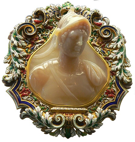 Camafeo mostrando la imagen de Ptolomeo II