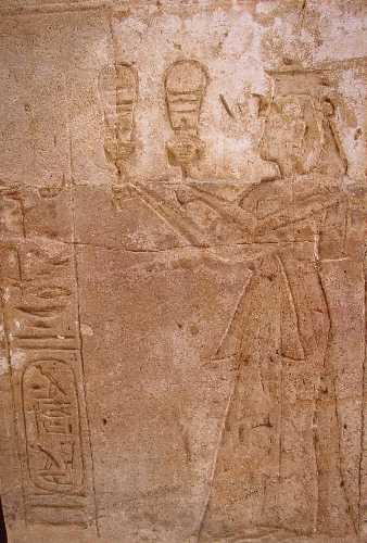 Relieve de Tausert en un templo de Amada, Nubia