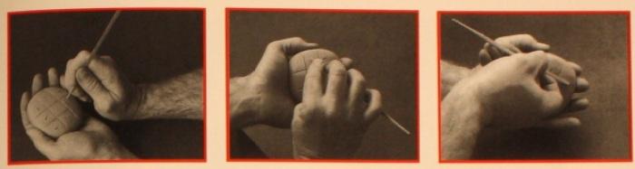 Proceso de escritura cuneiforme en tablillas