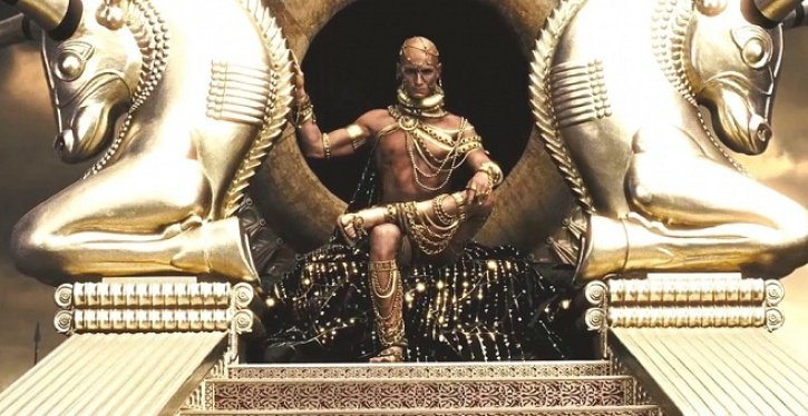 Fotograma de la película 300 en la que se ve al personaje de Jerjes de Persia