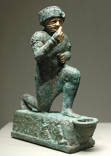Estatua de un devoto hallada en la ciudad de Larsa
