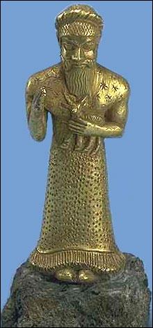 Estatua elamita hallada en la ciudad de Susa