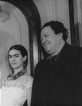 Frida Kahlo con su marido, Diego Rivera