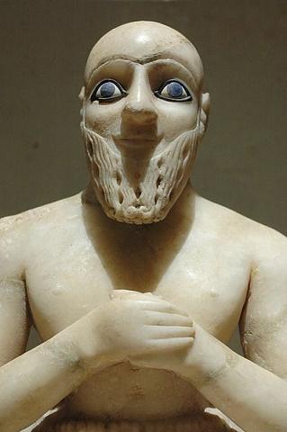 Estatua del superintendente Ebih II, dirigente del reino de Mari, 2400 a. C.,