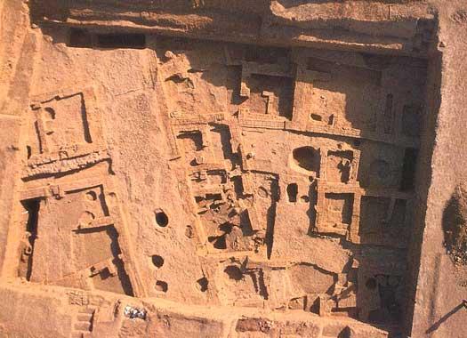 Vista desde arriba del palacio de la ciudad de Shubat Enlil
