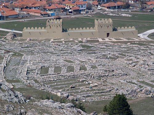 Parte del yacimiento arqueológico actual de la ciudad de Hattusa