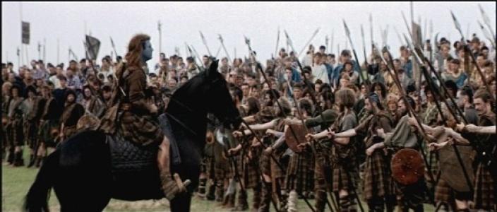 Otra de las famosas escenas, el discurso previo al combate