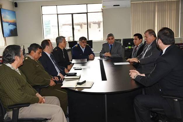 Un equipo técnico de Seguridad y Defensa nacional
