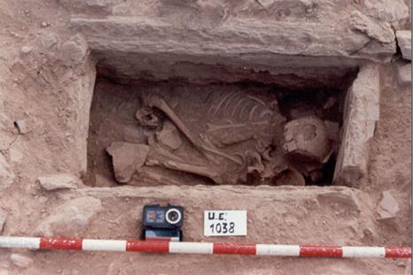 Ejemplo de enterramiento en cista