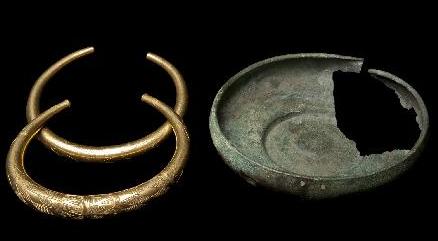 Algunas piezas del tesoro de Berzocana