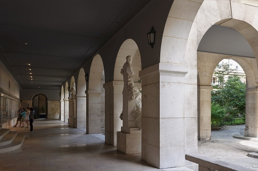 Claustro deL Convento de Les Cordeliers de parís, donde se solían reunir los Estados Generales