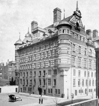 Edificio antiguo de Scotland Yard