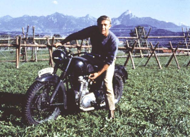 Steve McQueen en la moto