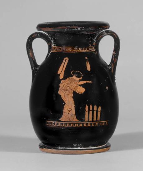 Cerámica de figuras rojas que muestra a una joven durante un ritual