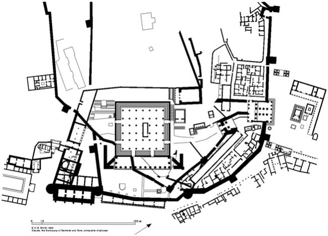 Plano del santuario donde se celebraban los misterios de Eleusis. El Telesterion sería la sala de columnas del centro.