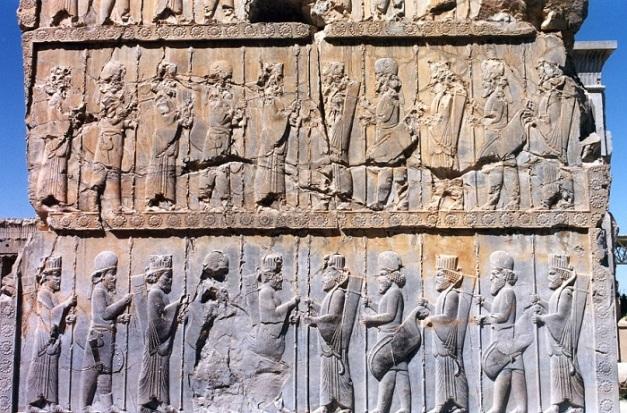 Relieve hallado en Persépolis en el que se representa a los Inmortales